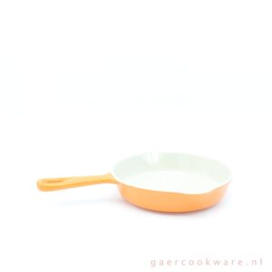 Le Creuset gietijzeren koekenpan oranje cast iron skillet orange